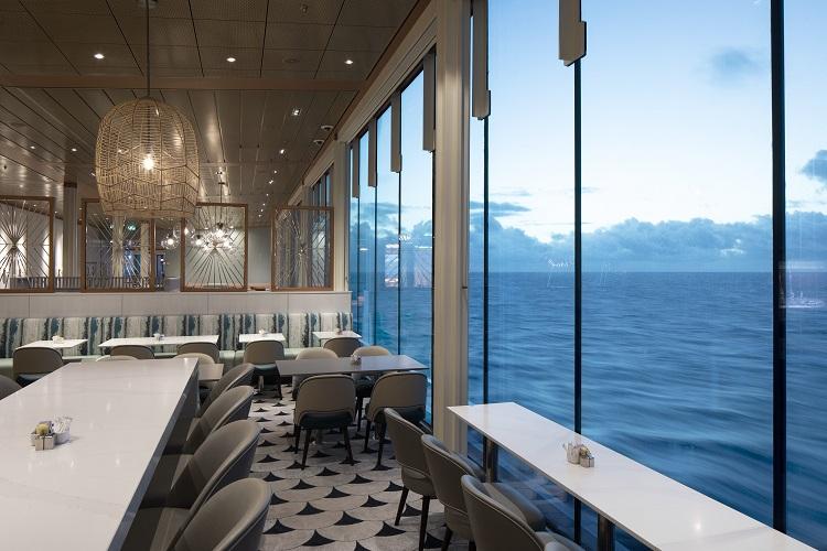 Кафе с панорамным видом